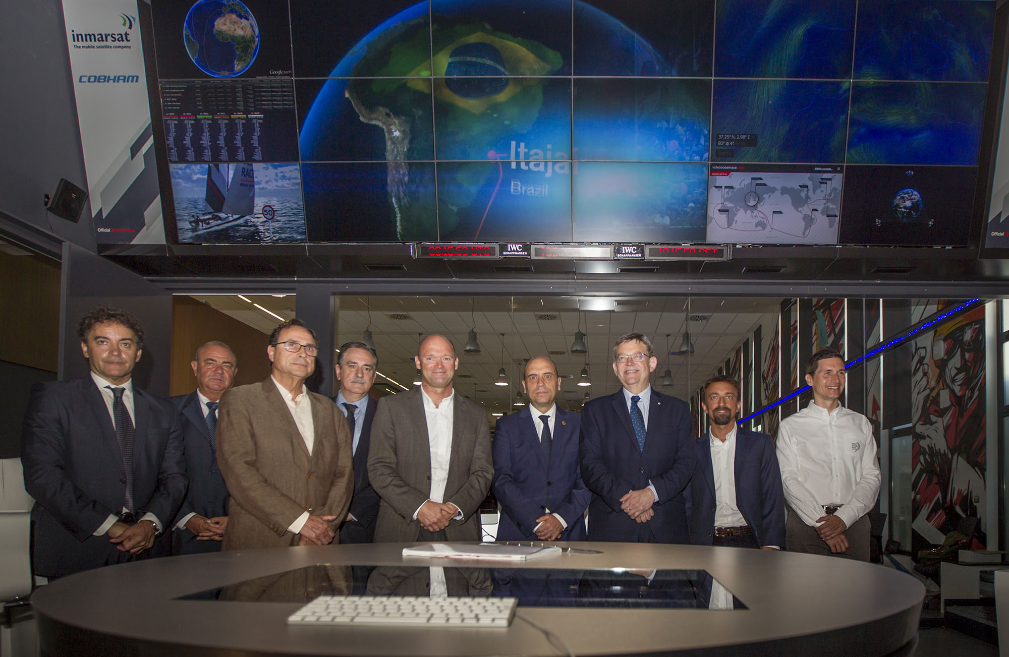 Alicante, July 19, 2016 - Volvo Ocean Race signed an agreement with the Generalitat Valenciana to remain in Alicante for two more editions of the Volvo Ocean Race after 2017-18. The status of host city and headquarters of the Volvo Ocean Race organisation