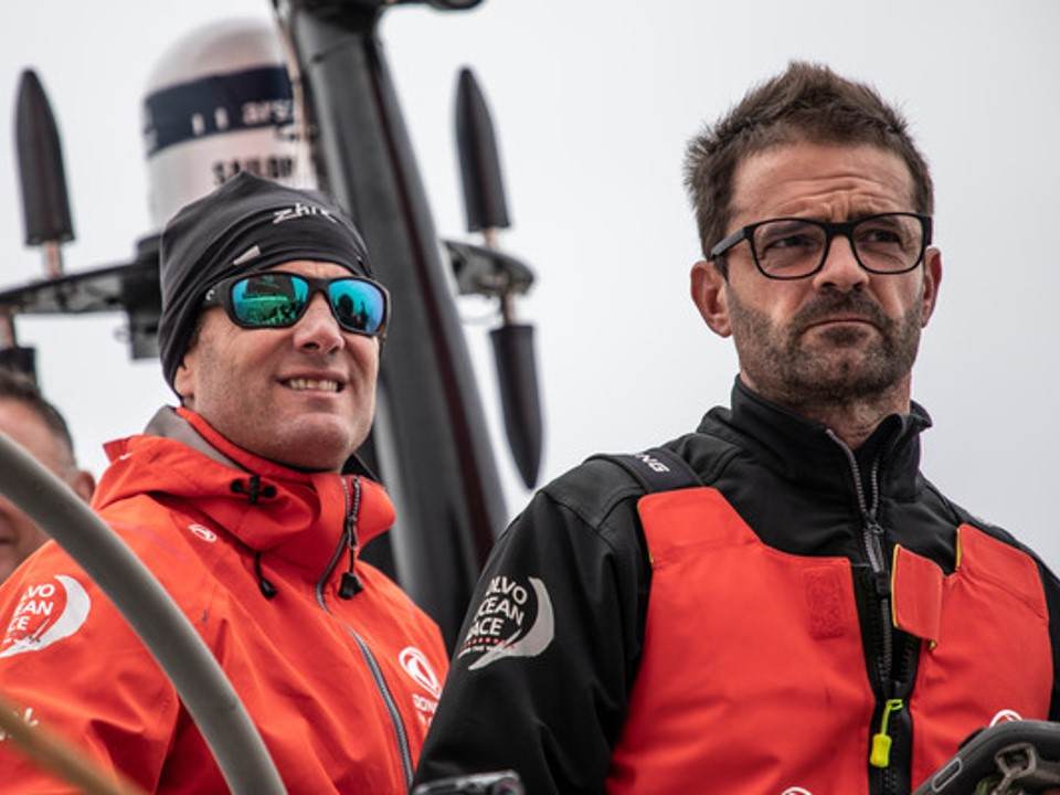 Skipper, Charles Caudrelier, Cardiff, Wales, Dongfeng, Kevin Escoffier, french, 2017-18, port,