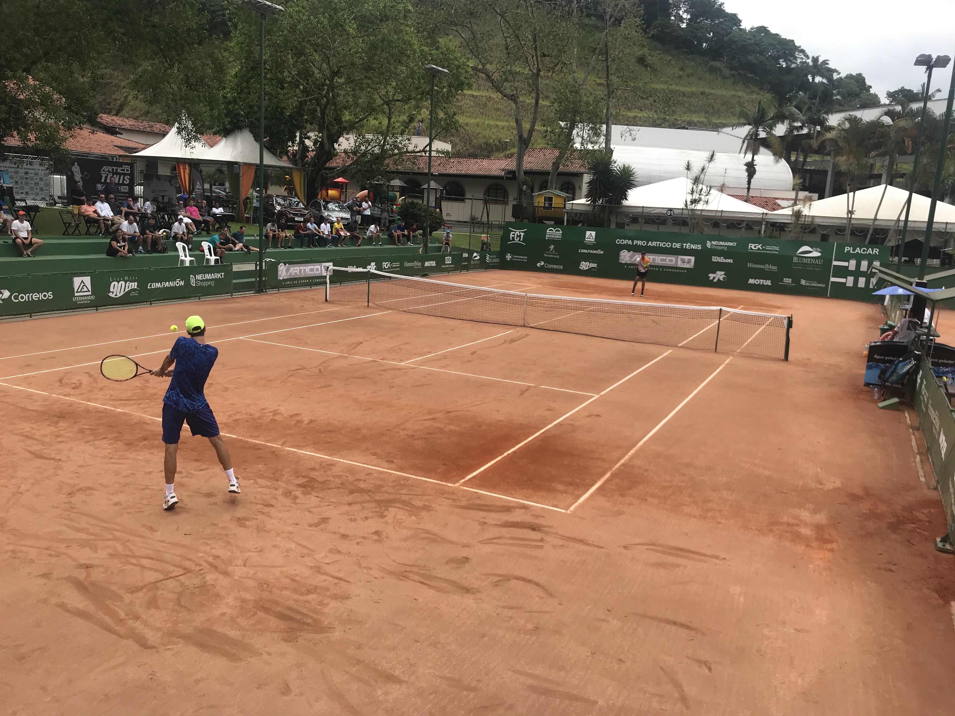 Inscrições para a Copa Abertura de Tênis podem ser realizadas até o dia 14. Evento acontece de 25 a 27 de janeiro  Foto: Divulgação