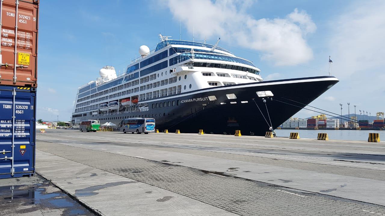 Embarcação estava em trânsito e não ocorreram embarques ou desembarques de passageiros.Na madrugada de quarta-feira, 02, atracou no berço 3 do Porto de Itajaí,/Foto: Fabricio Pereira