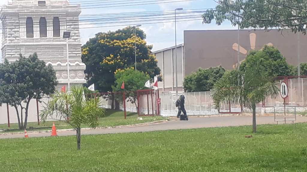 Segundo o empresário Luciano Hang, esse invólucro de dinamite (independente de ter explodido ou não) mobilizou as principais forças de segurança de Brasília e foi um claro recado de represália a quem (como a Havan) apoia o novo governo e o presidente Bolsonaro/DivulgaçãoHavan