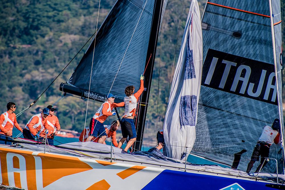 Itajaí Sailing Team realiza  sábado, 02 de fevereiro, em Itajaí, o último treino oficial para a Circuito Oceânico da Ilha de Santa Catarina/IST