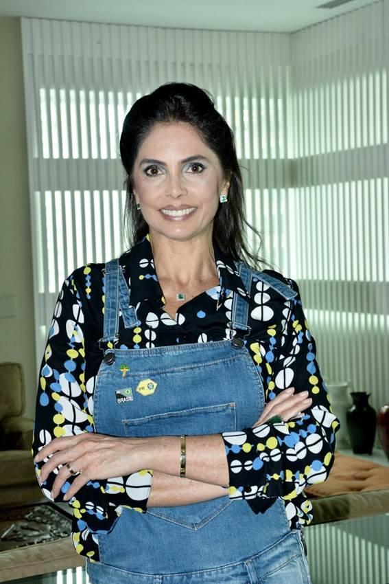 Rosangela Lyra, inicia a segunda temporada de conversas sobre o atual cenário político brasileiro/ Foto: Iara Morselli